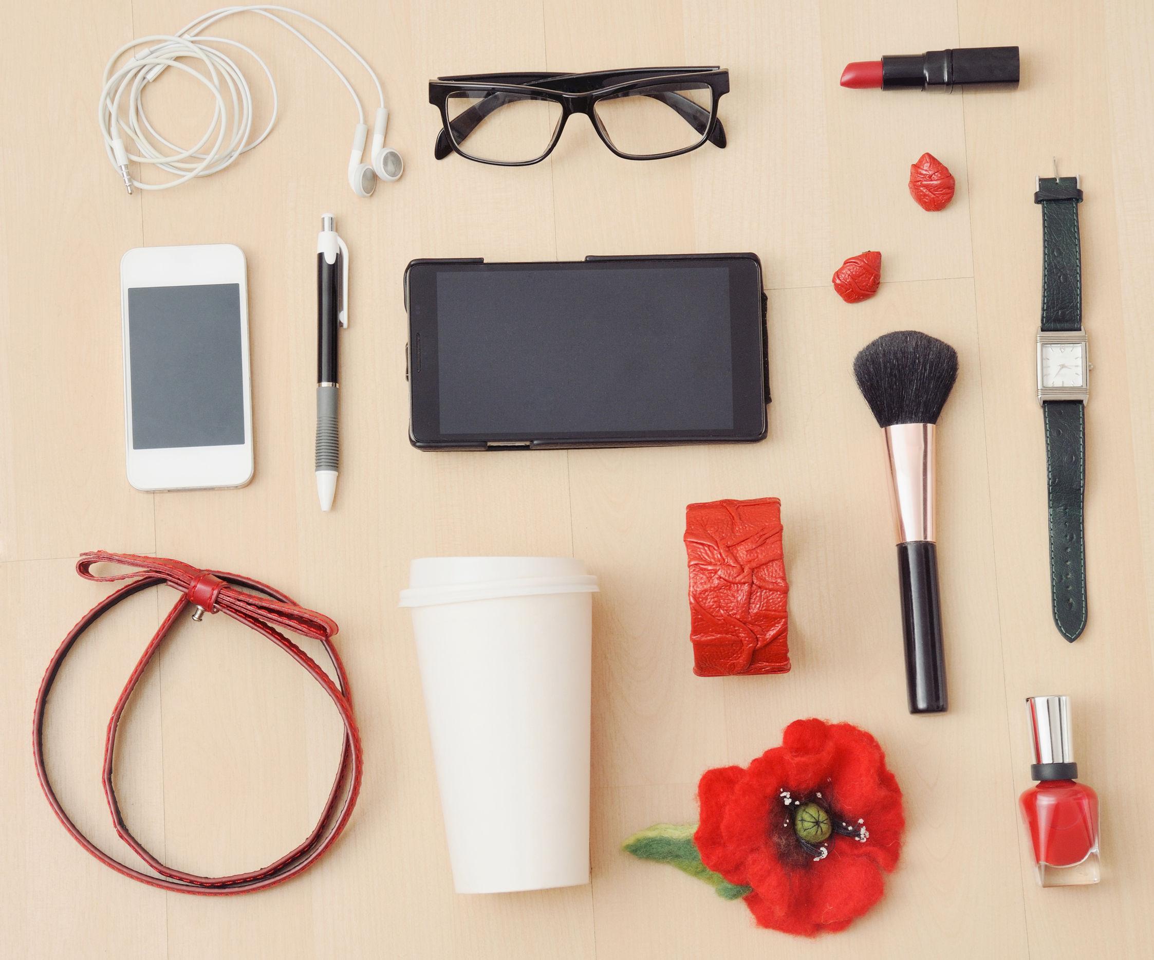 WeOrganise - een modieuze accessoires in het rood voor de thema herfst